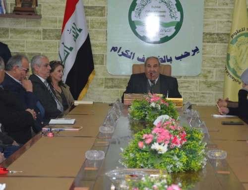 لقاء الاستاذ الشامي بالكادر الاداري والخدمي في الكلية