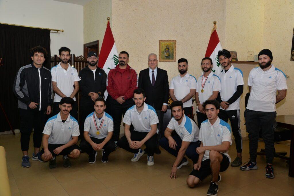 كلية بغداد للعلوم الاقتصادية • حصلت كلية بغداد للعلوم الاقتصادية الجامعة على المركز الثالث في مسابقة المارثون التي اقيمت على شارع مطار بغداد الدولي يوم السبت الموافق 16/1/2021