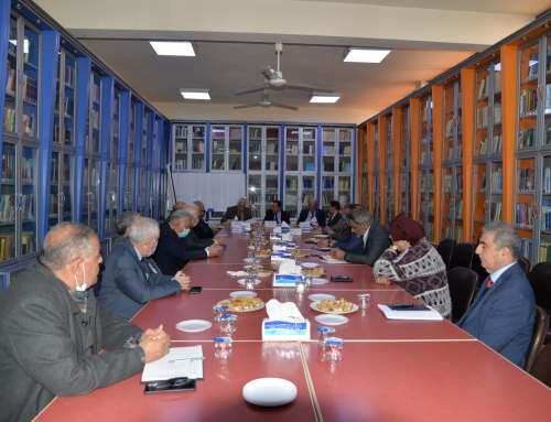 كلية بغداد للعلوم الاقتصادية الجامعة: تعقد اجتماعا مع جمعية الاقتصاديين