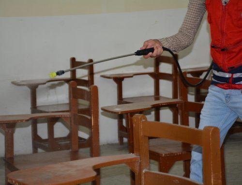 جمعية الهلال الاحمر :تقوم بحملة تعفير في كلية بغداد للعلوم الاقتصادية الجامعة